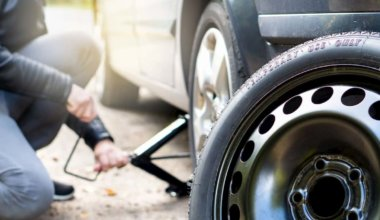 Ways to Fix a Flat Tire