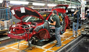 how much does it cost to manufacture a car